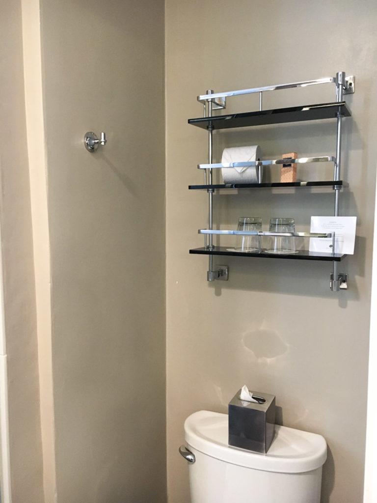 Galleria Park Bathroom