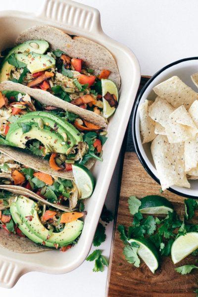 3-Step Shredded Chicken Verde Tacos